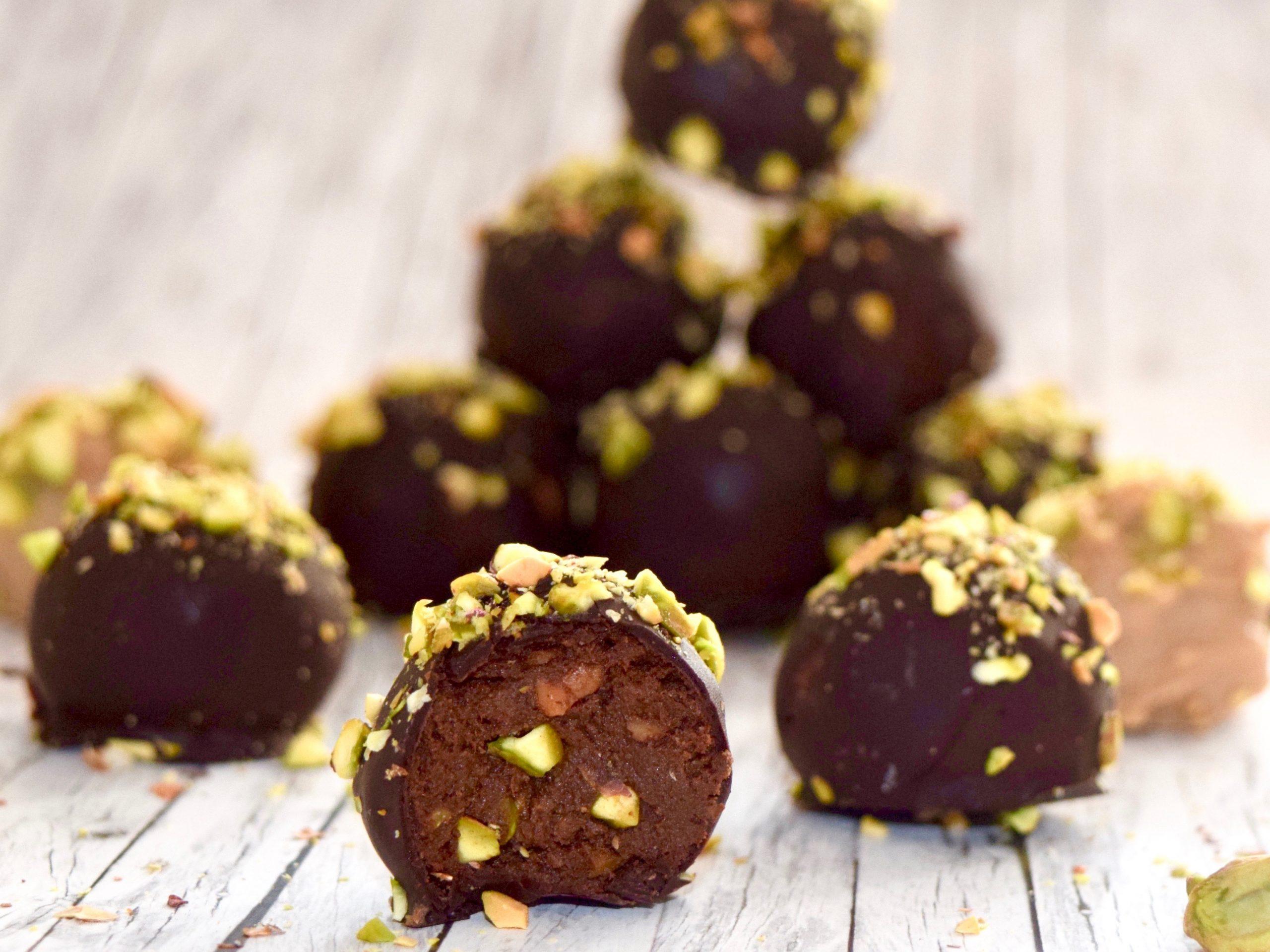 Čokoladne kroglice s pistacijo